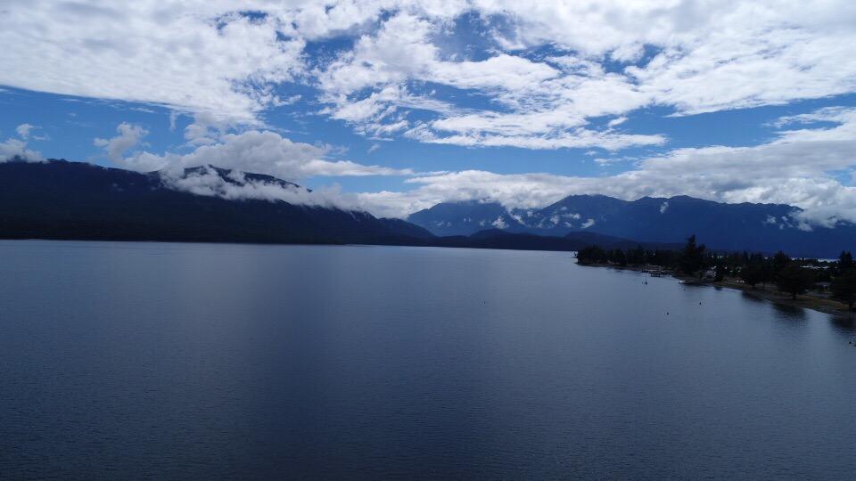 テアナウの湖