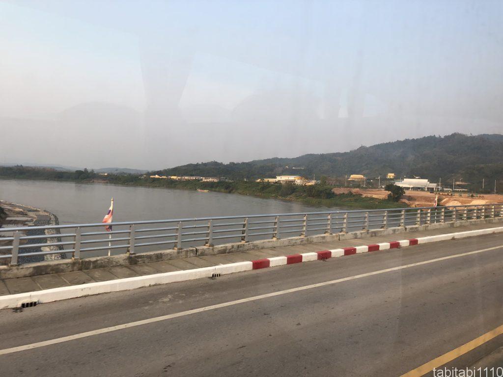 タイとラオスの国境で見えるメコン川