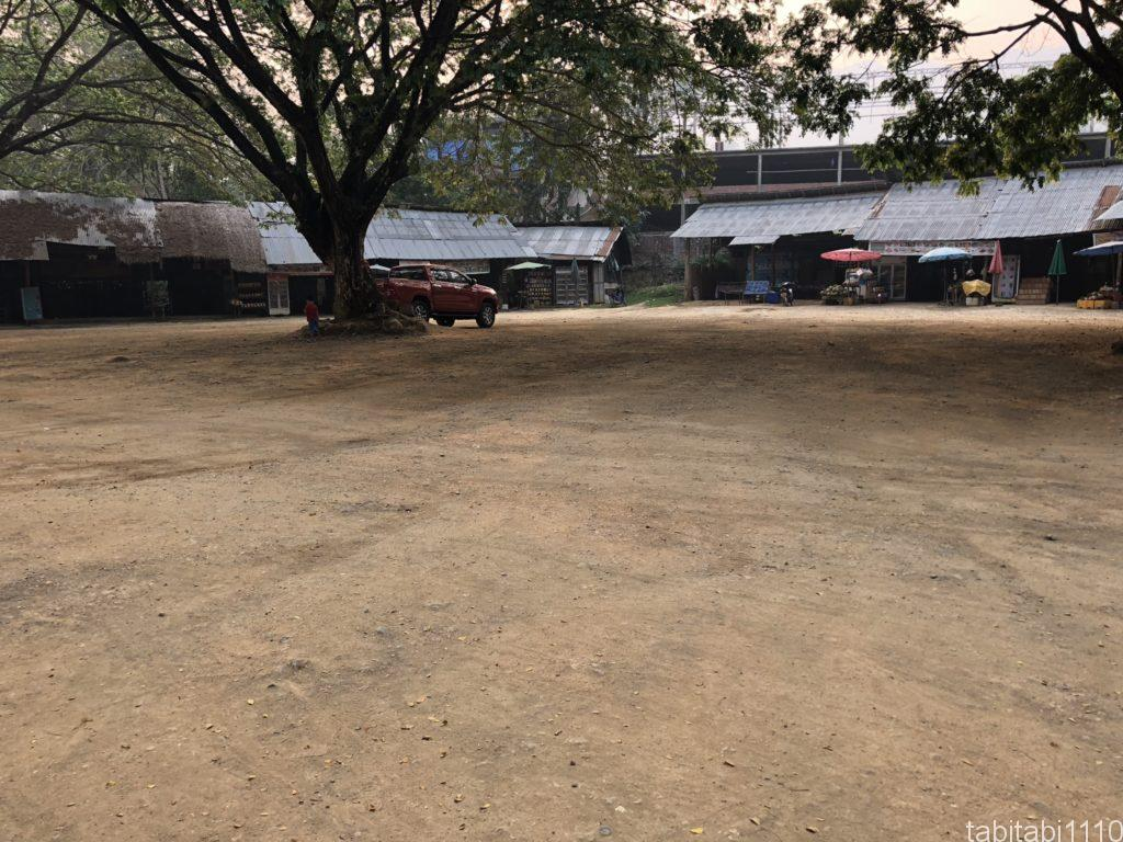 クアンシーの滝の駐車場