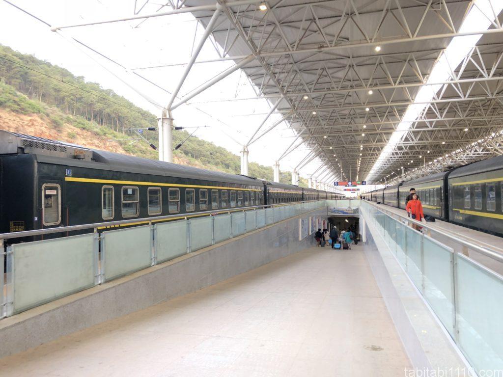 昆明から麗江へ鉄道移動|麗江駅