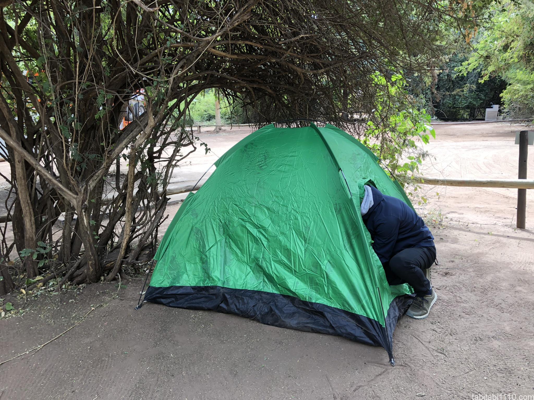 チョベサファリロッジでテント泊