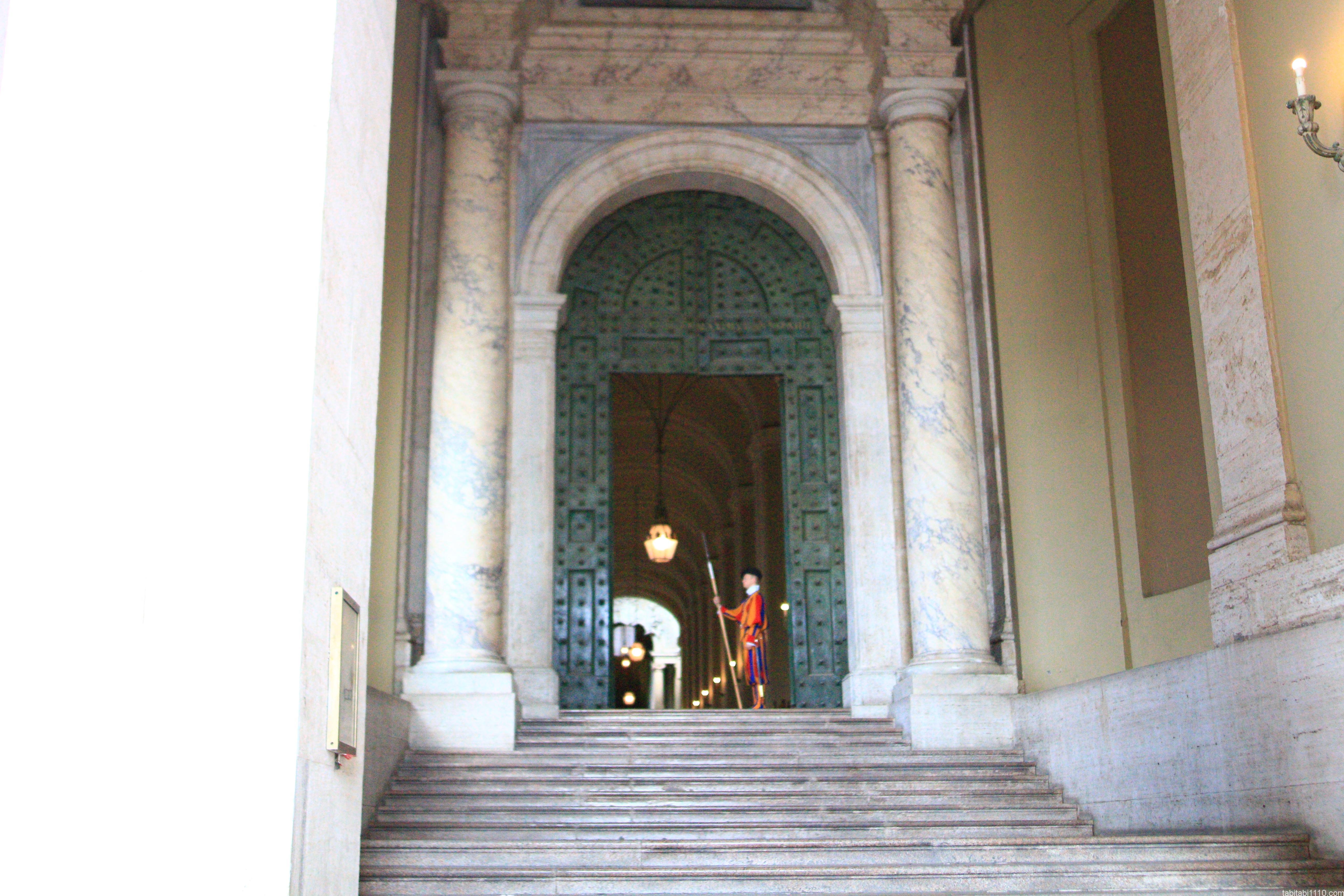 サン・ピエトロ大聖堂|衛兵