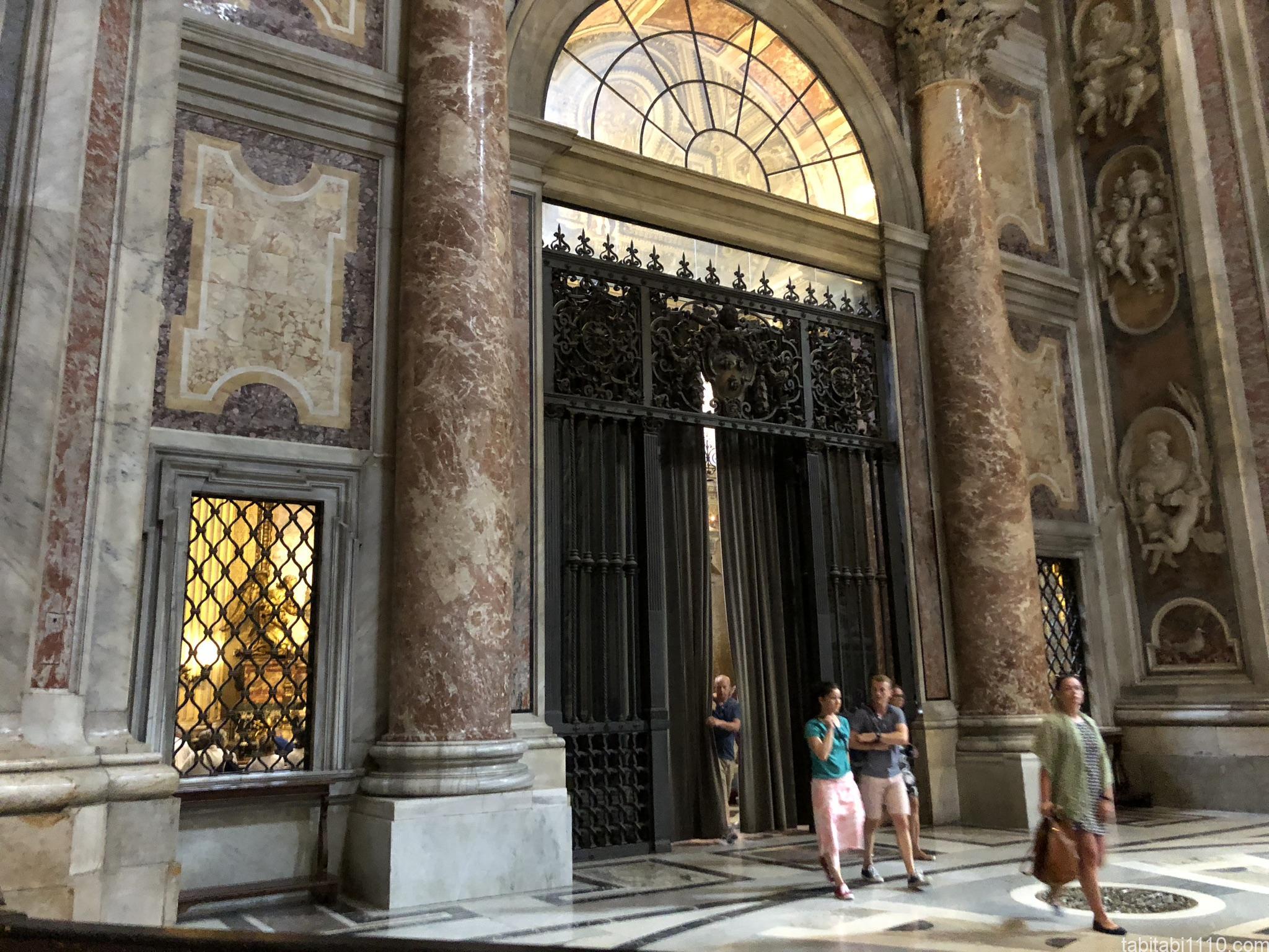 サン・ピエトロ大聖堂|礼拝堂
