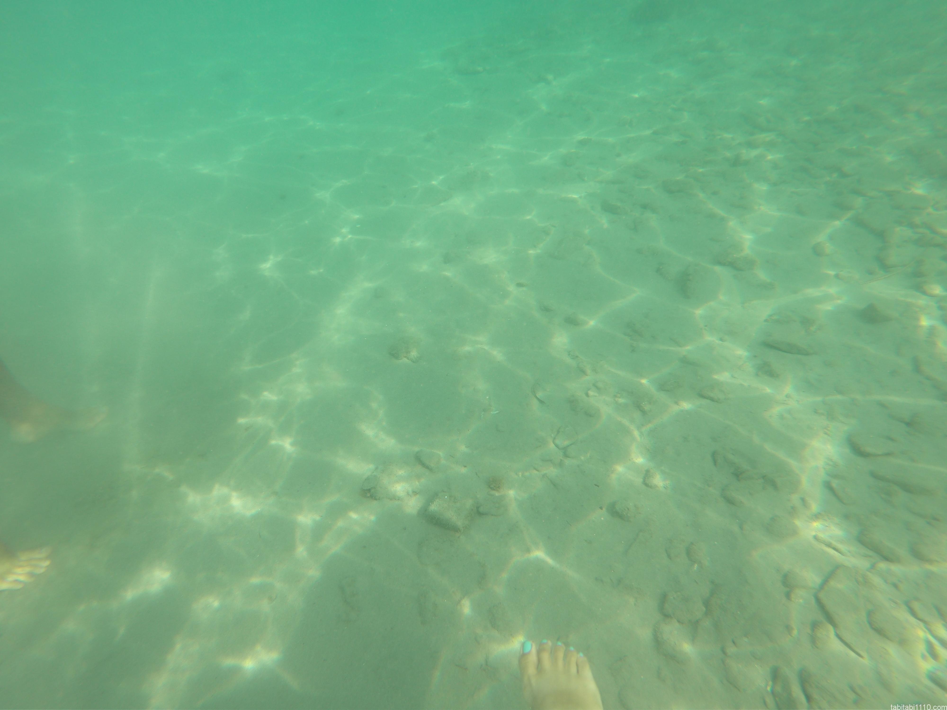 スプリットの海