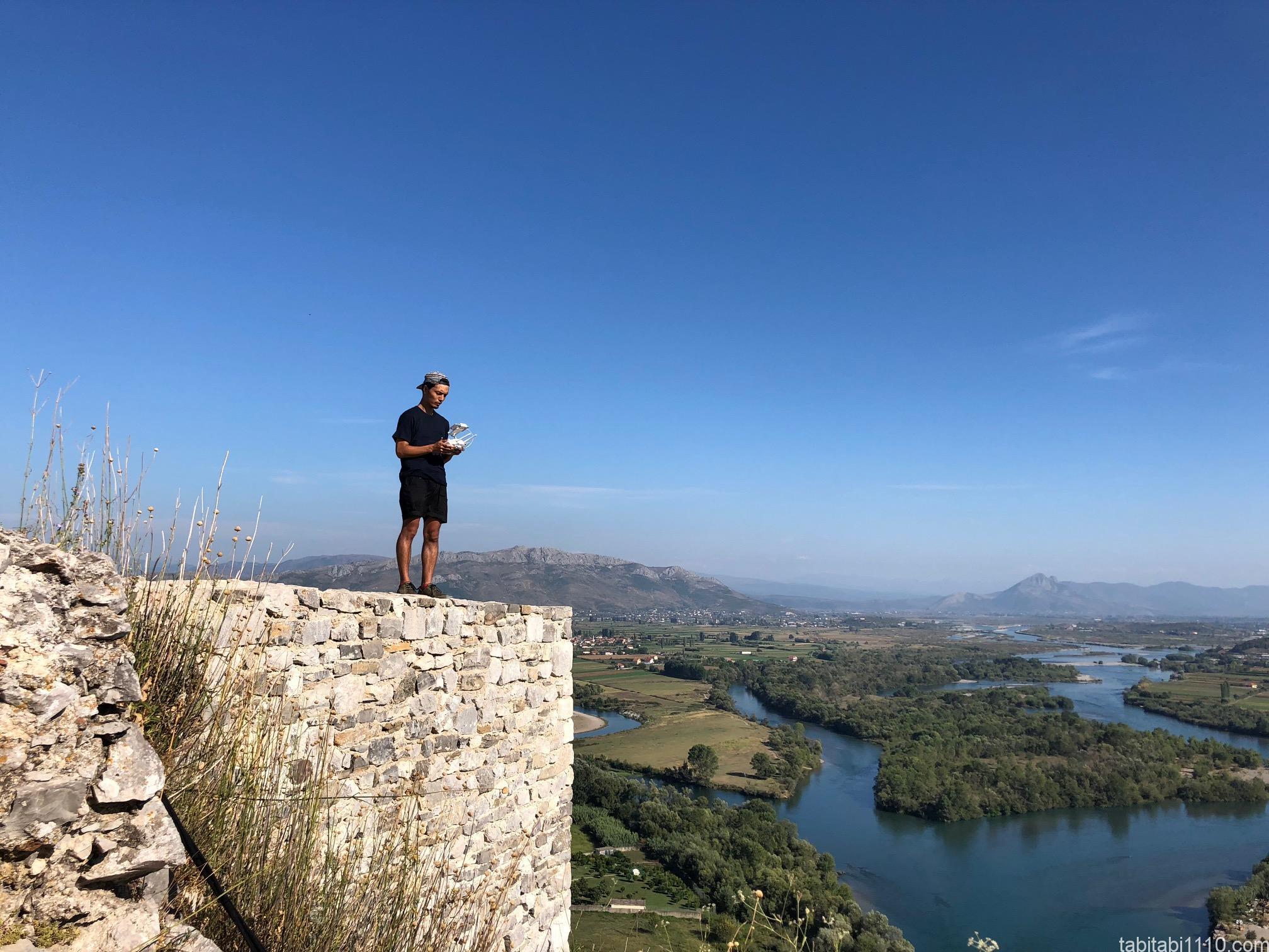 シュコドラ ロザファ城でドローン空撮