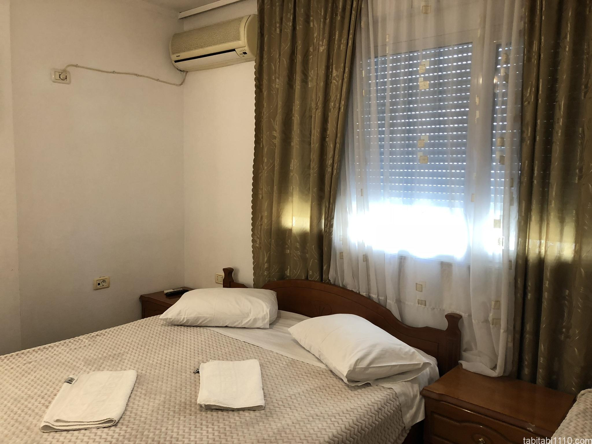 ジロカストラ|ホテル