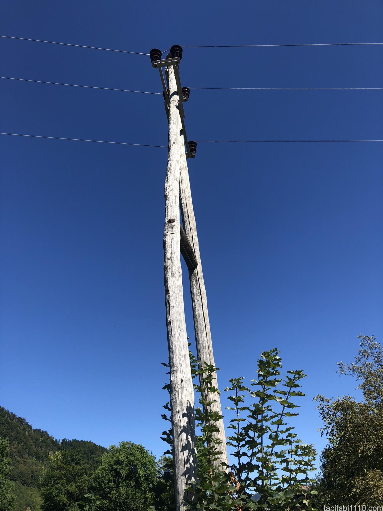 ブレッド湖からヴィントガル峡谷|電信柱