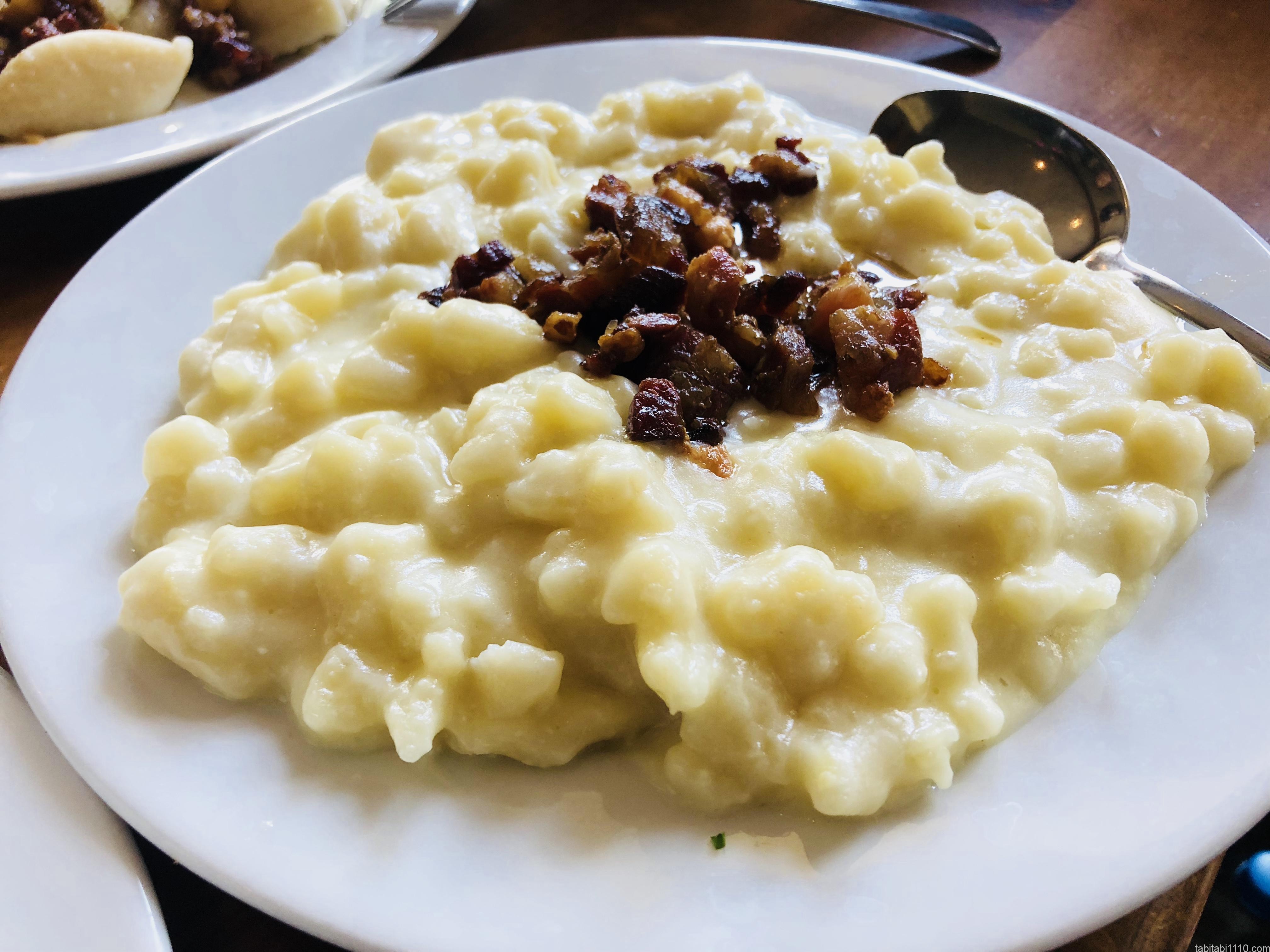 スロバキア料理|ブリンゾベーハルシュキ