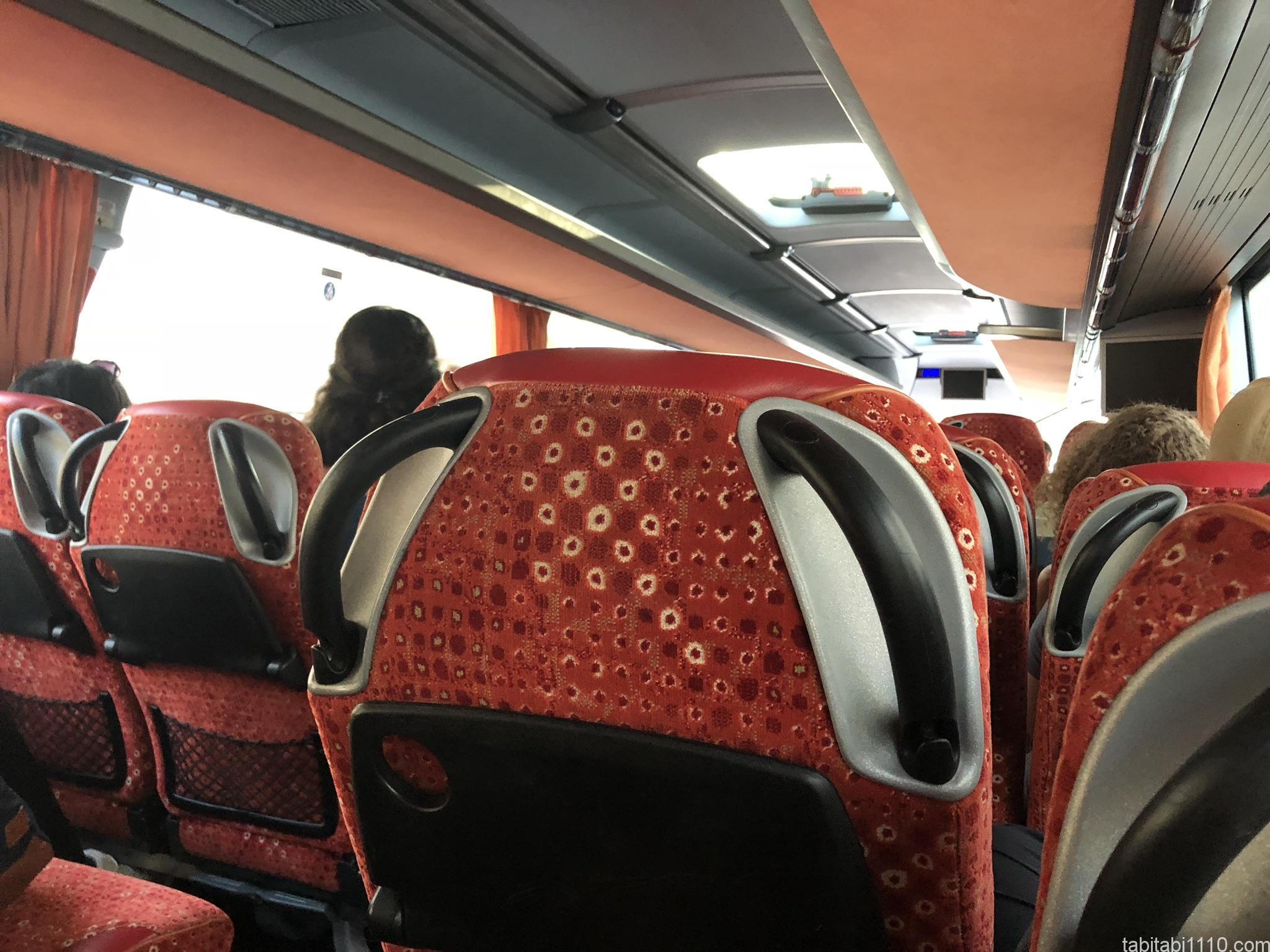 スプリットからドゥブロブニク|バス車内