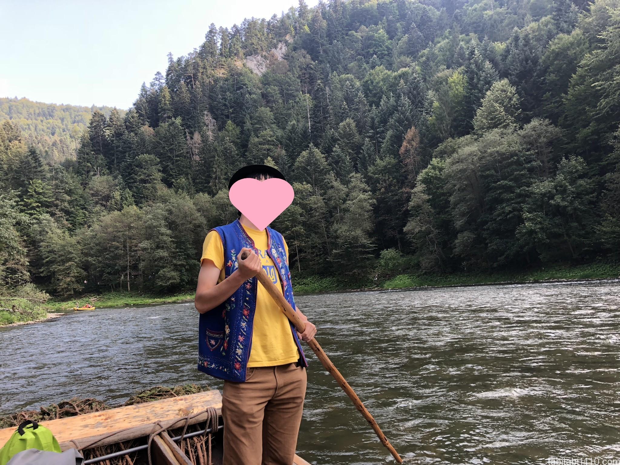 ドゥナイェツ川で川下り