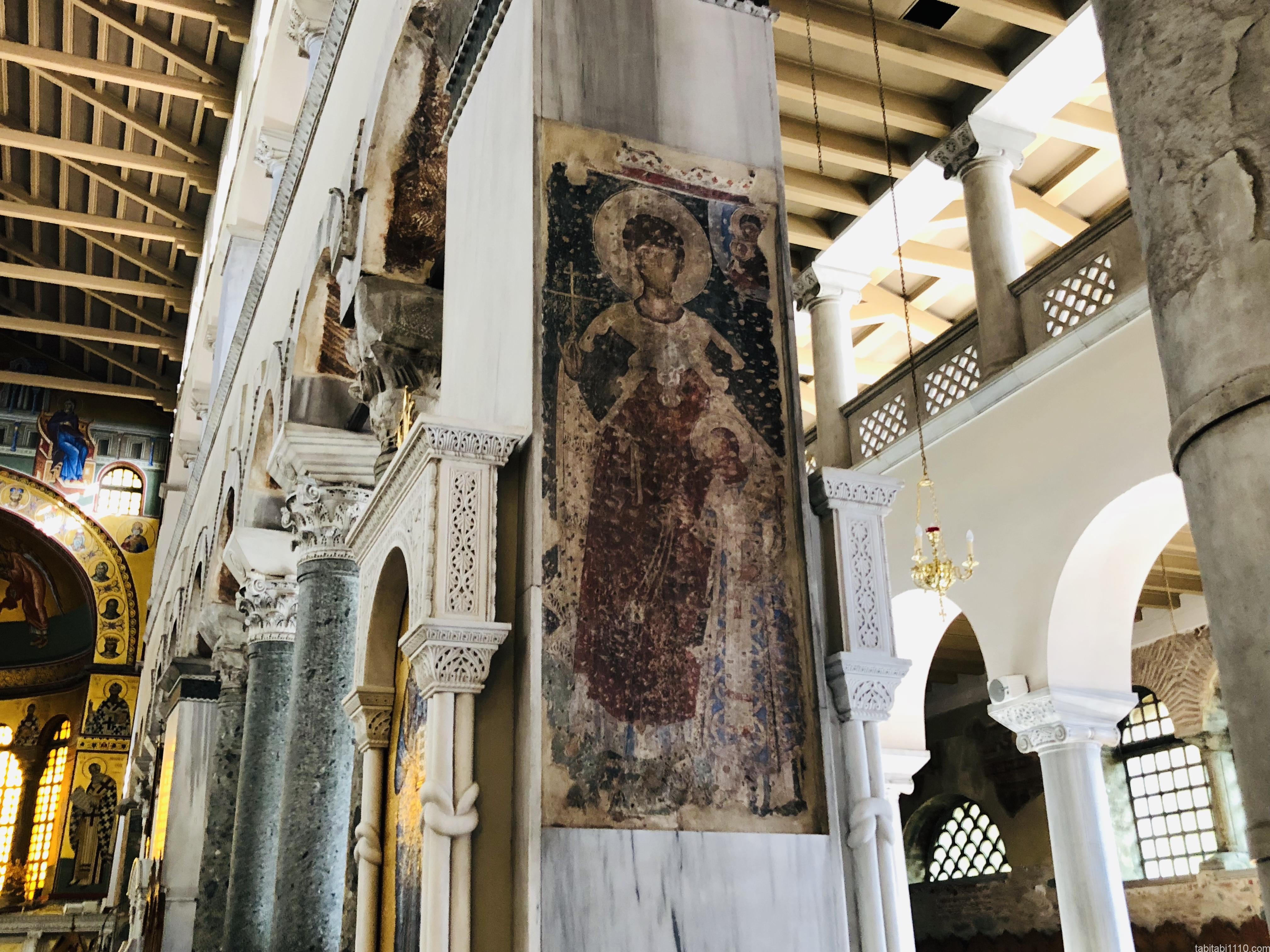 テッサロニキ観光|アギオス・ディミトリオス聖堂の内部