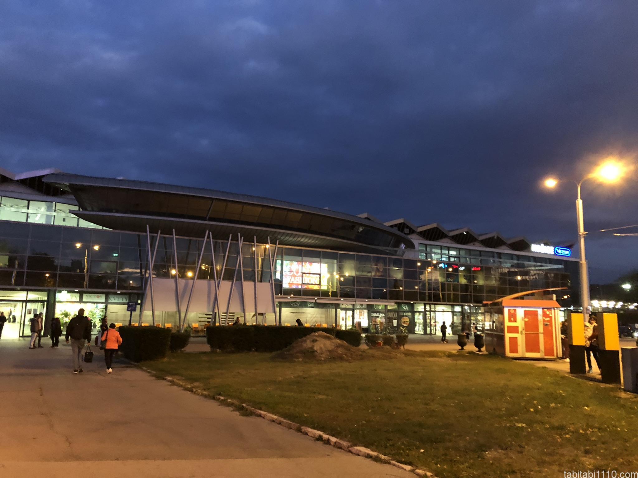 コシチェ駅
