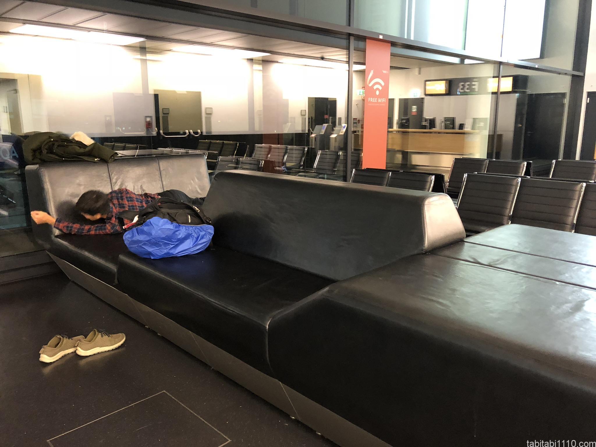 ウィーン空港内