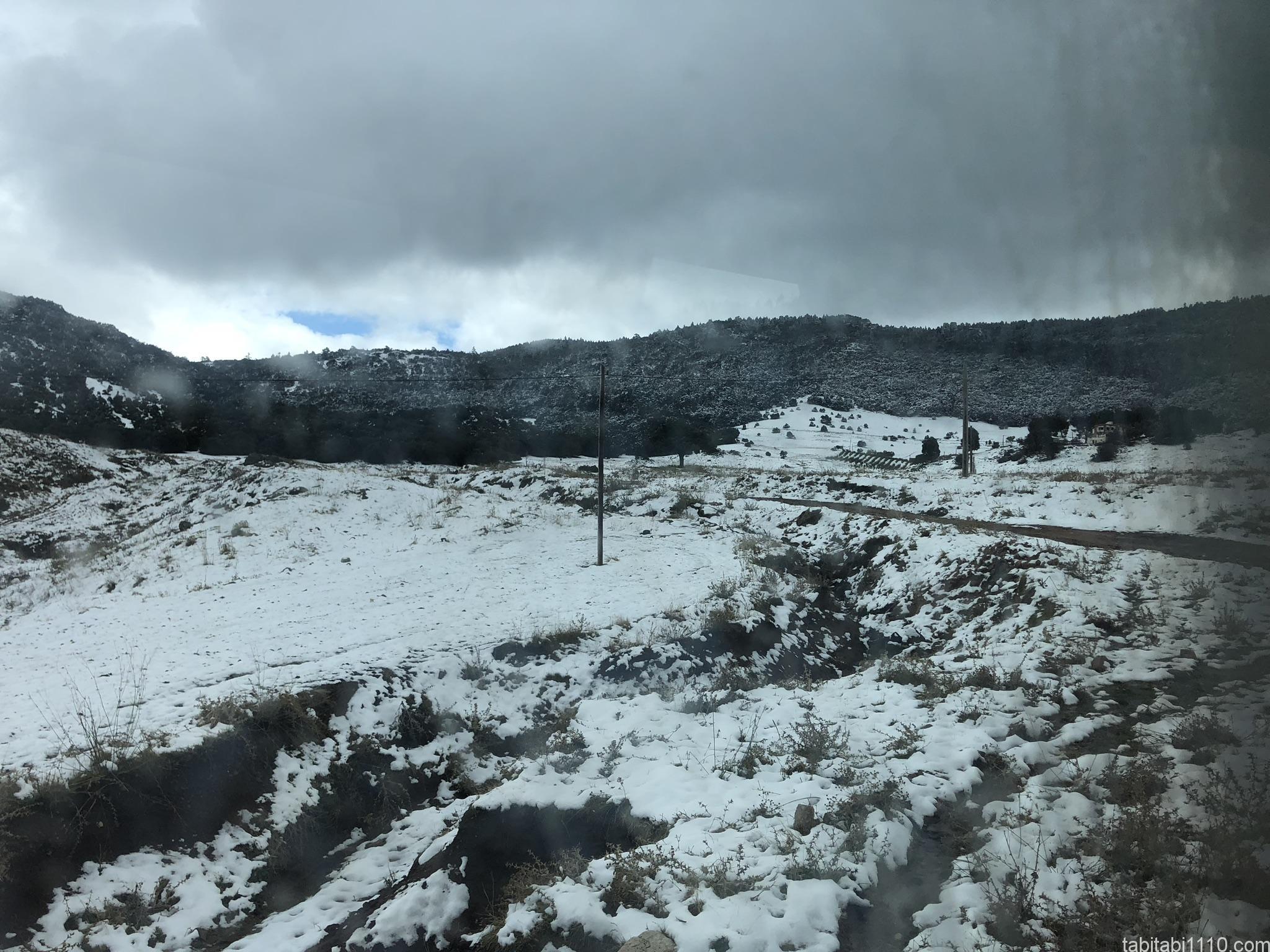 フェズからメルズーガ|雪景色1