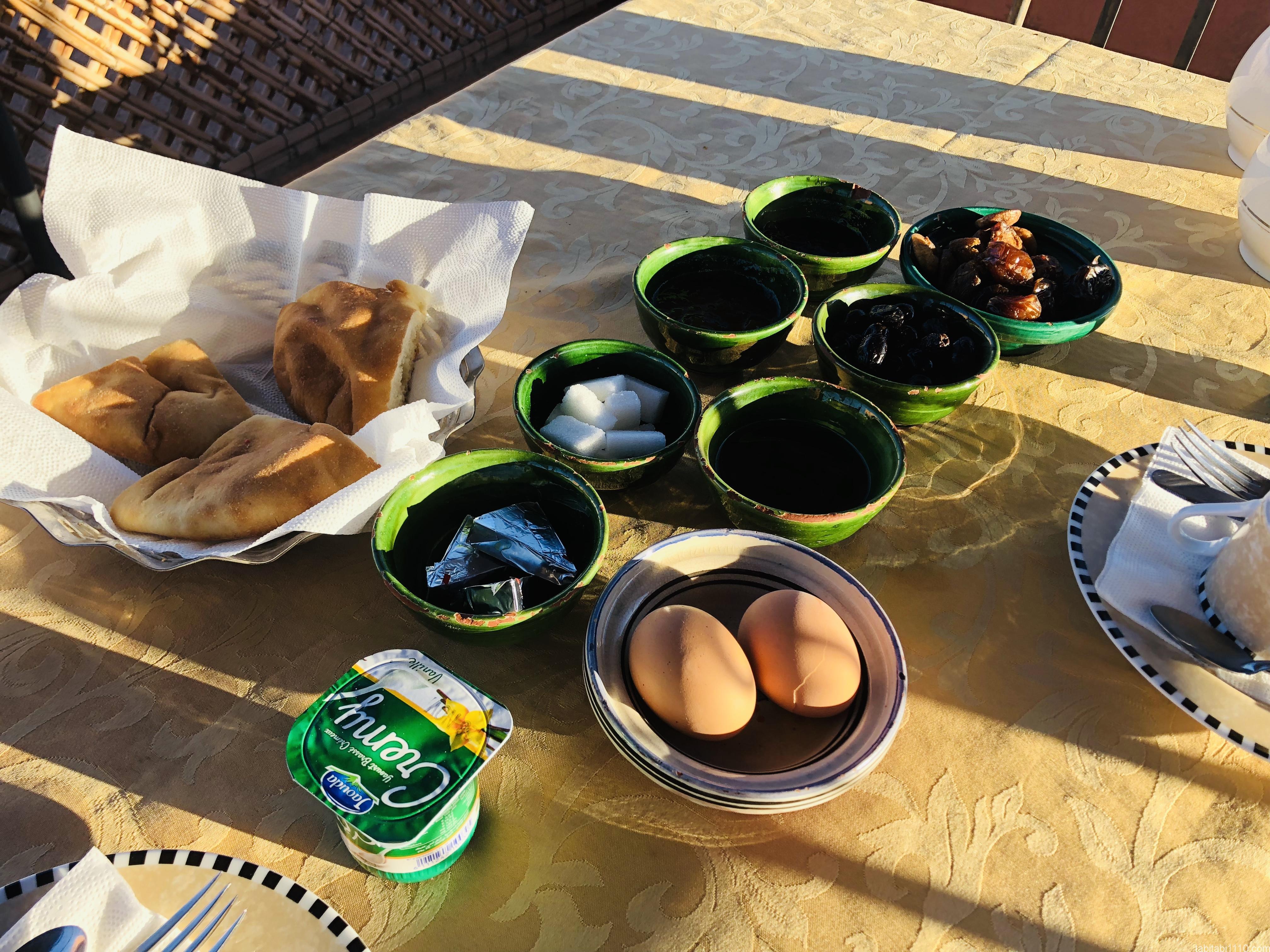 アイットベンハドゥ宿の朝食