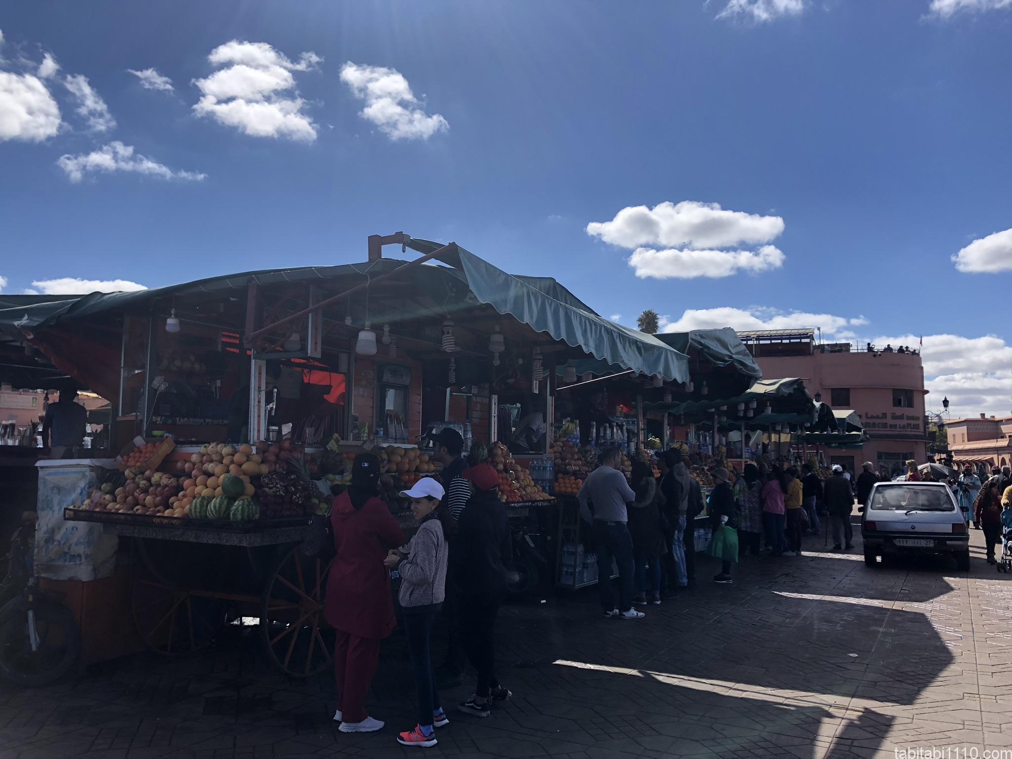お昼のフナ広場