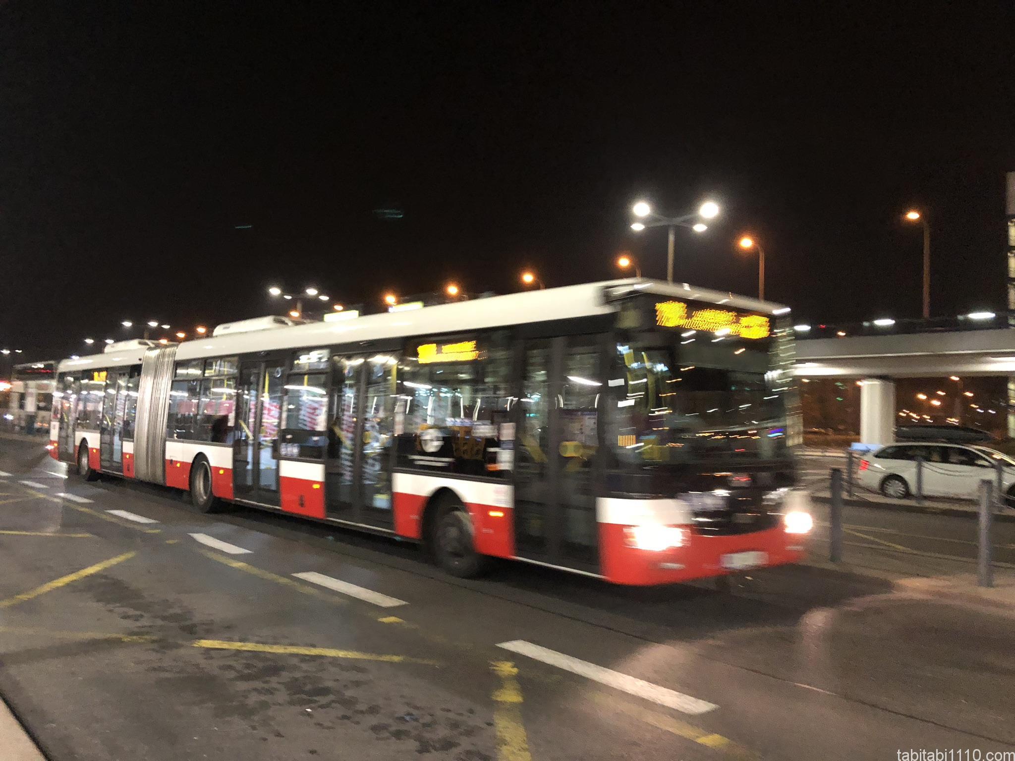プラハ市バス