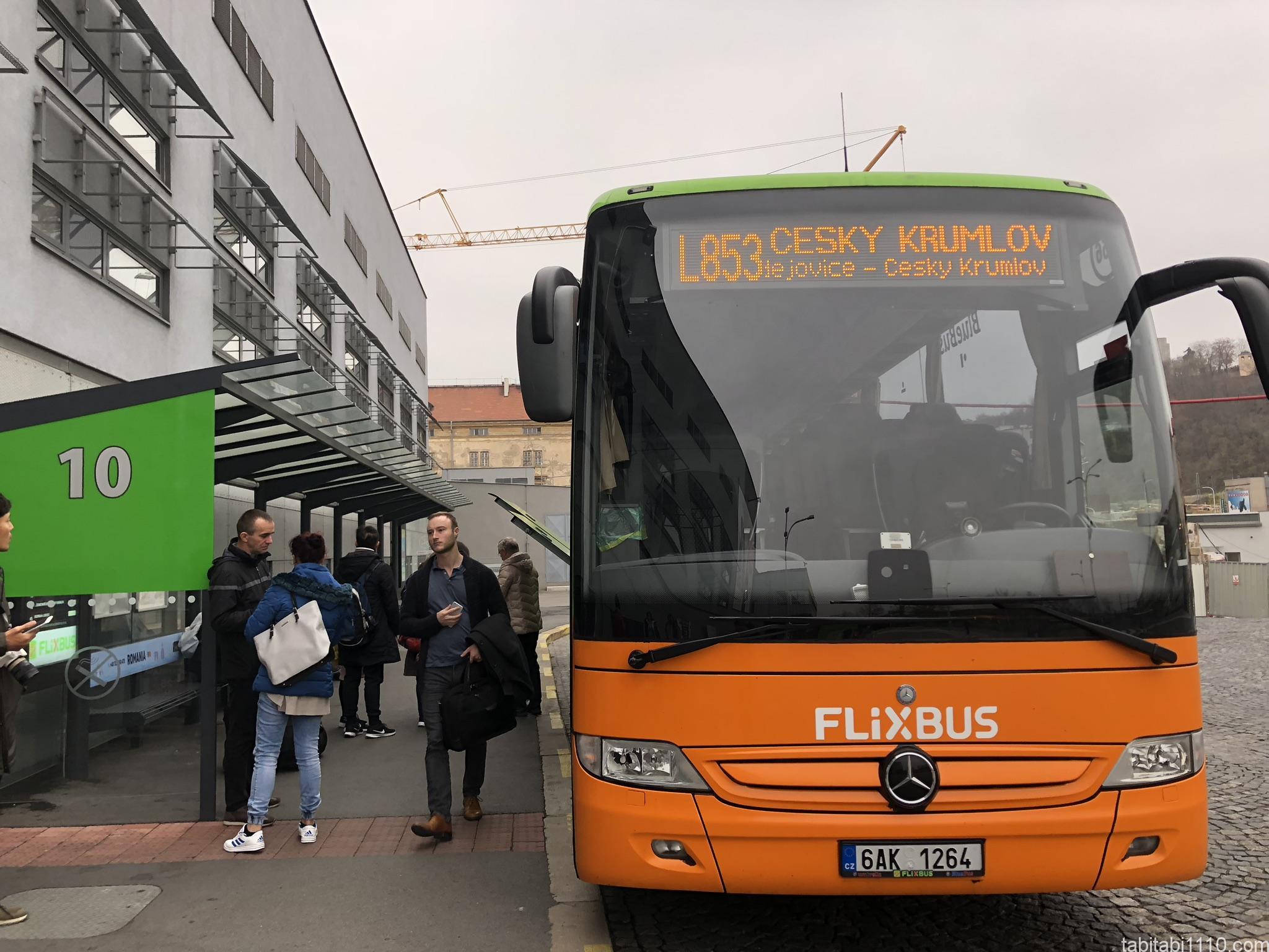 チェスキークルムロフ行きのFlixbus