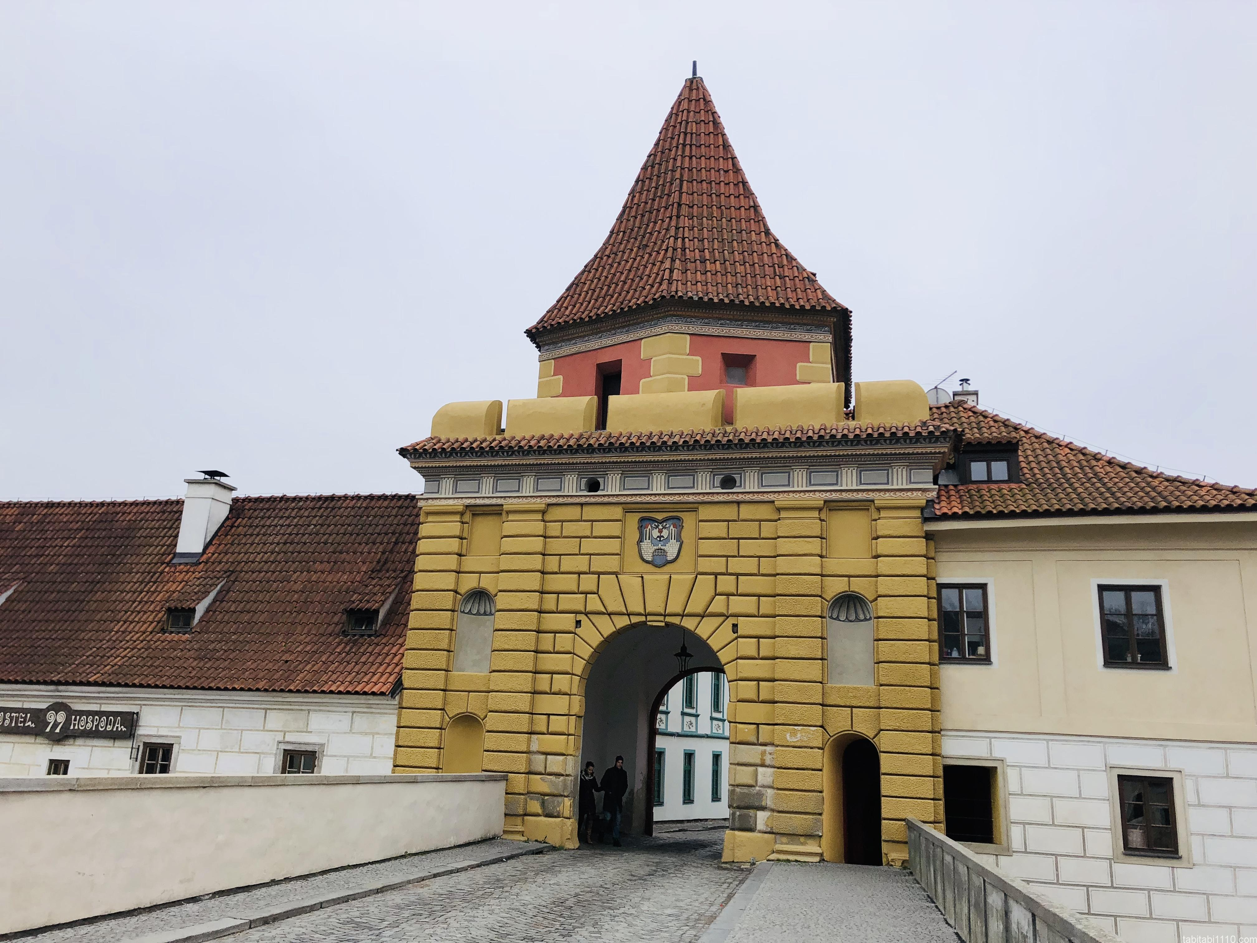 チェスキークルムロフの門
