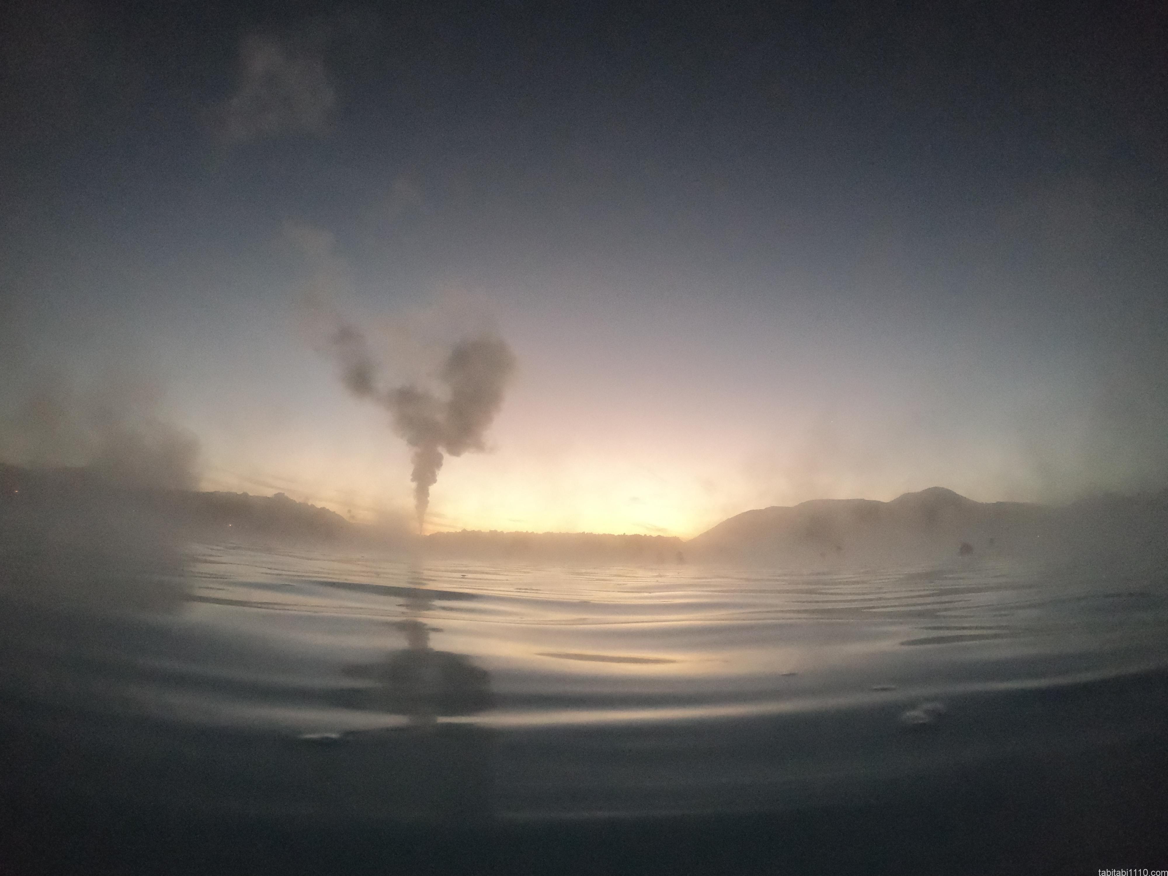 ブルーラグーン|日の出前