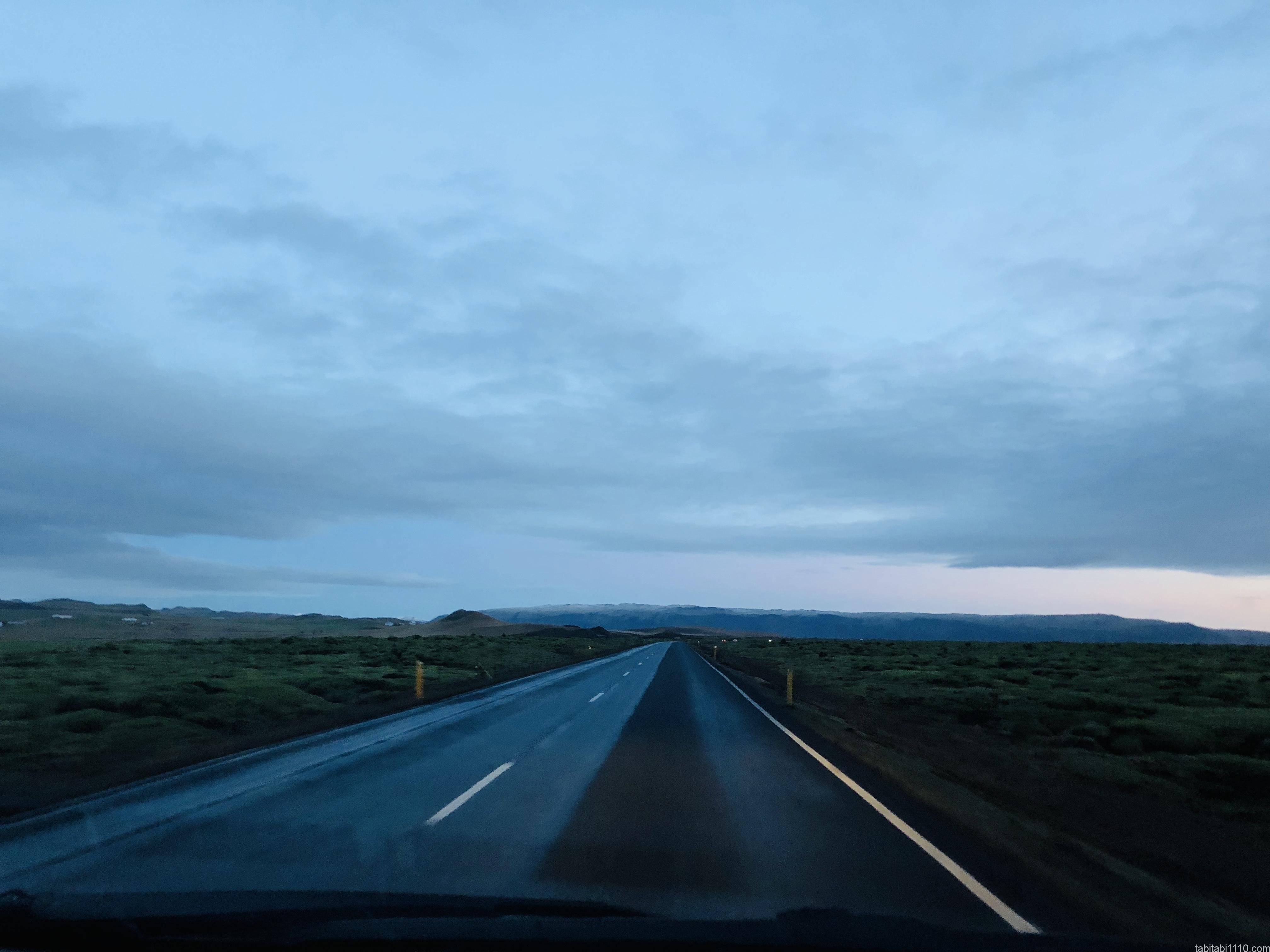 アイスランド曇天