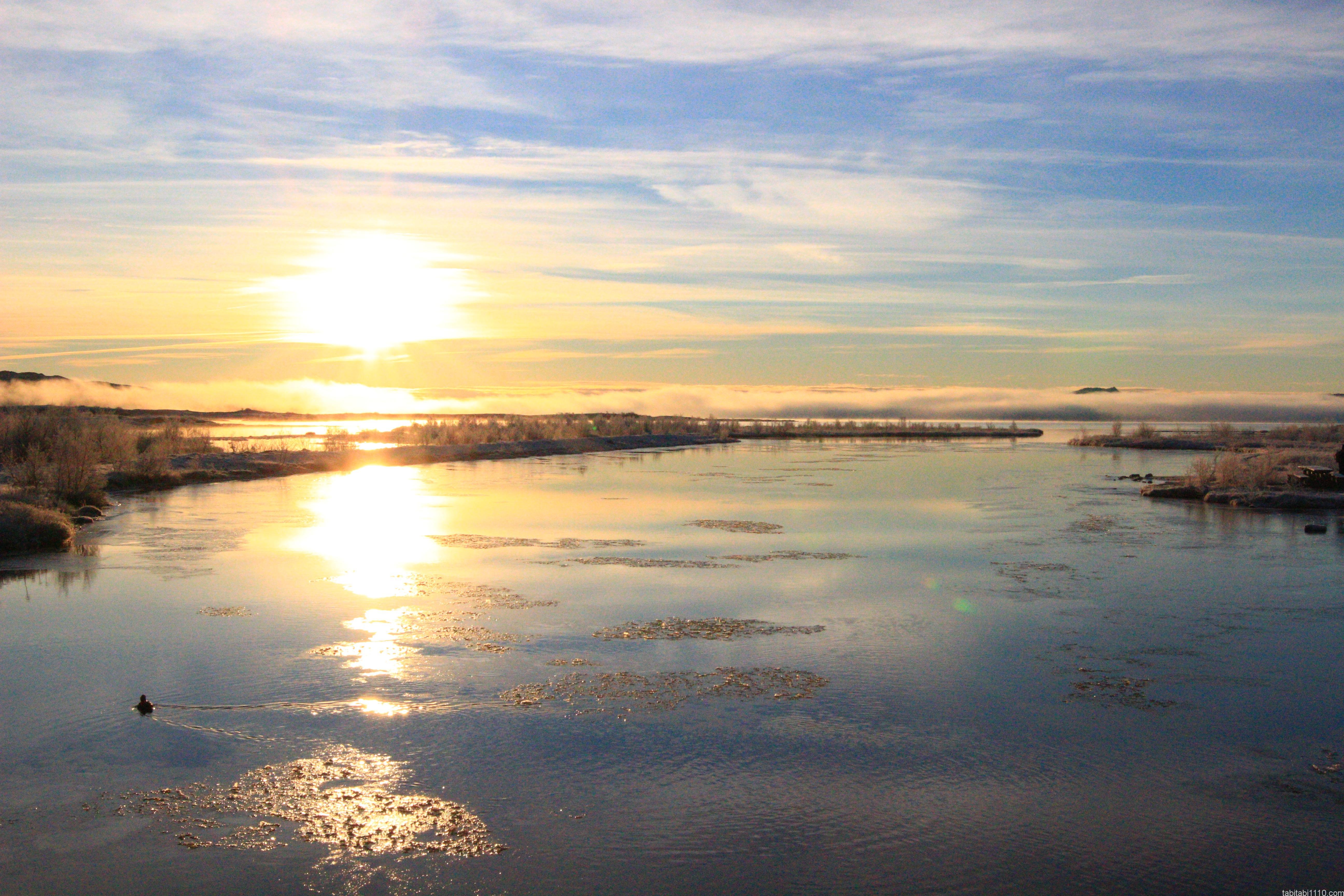 シンクヴェトリル国立公園|太陽と川