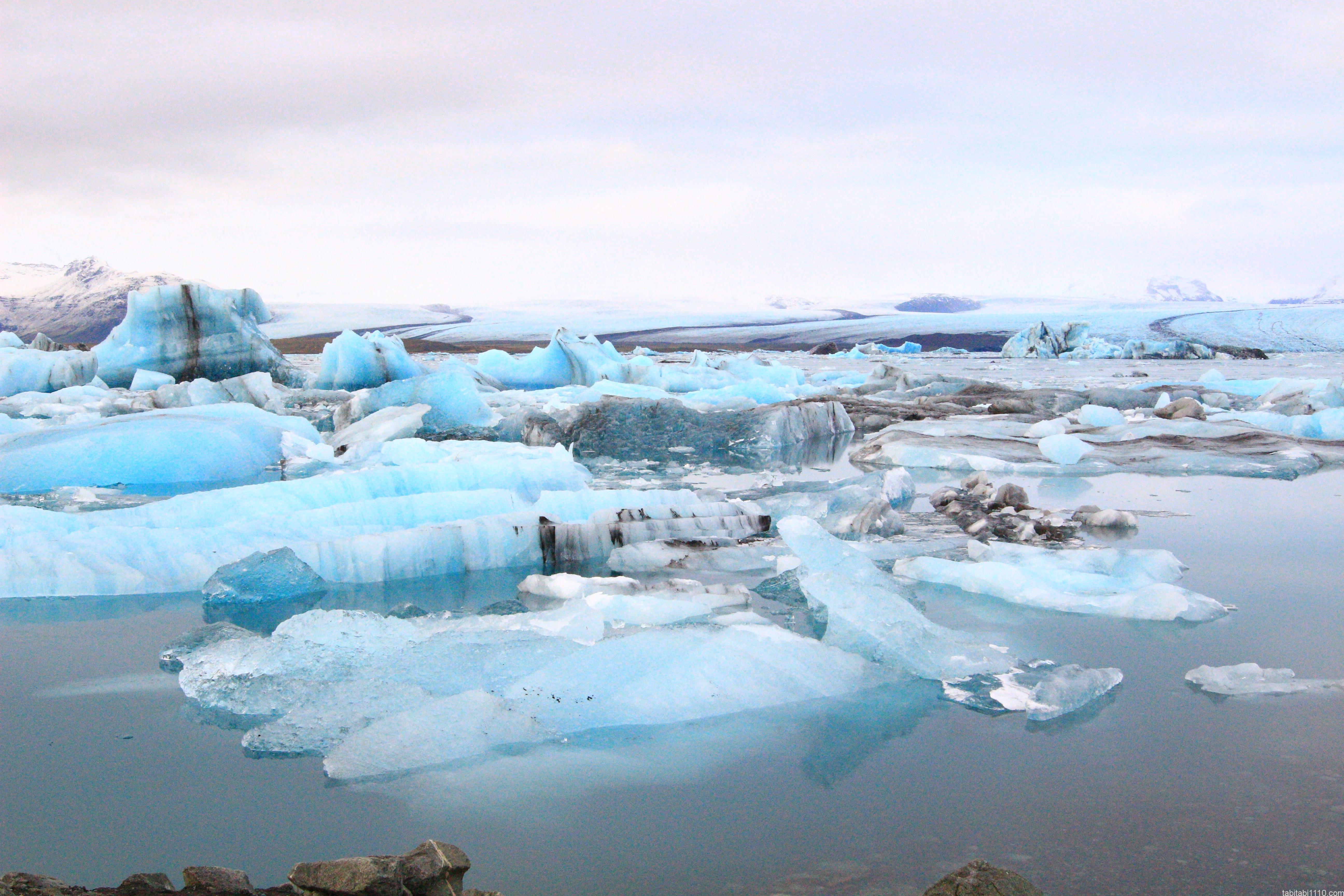 ヨークルスアゥルロゥン氷河湖(Jökulsárlón)