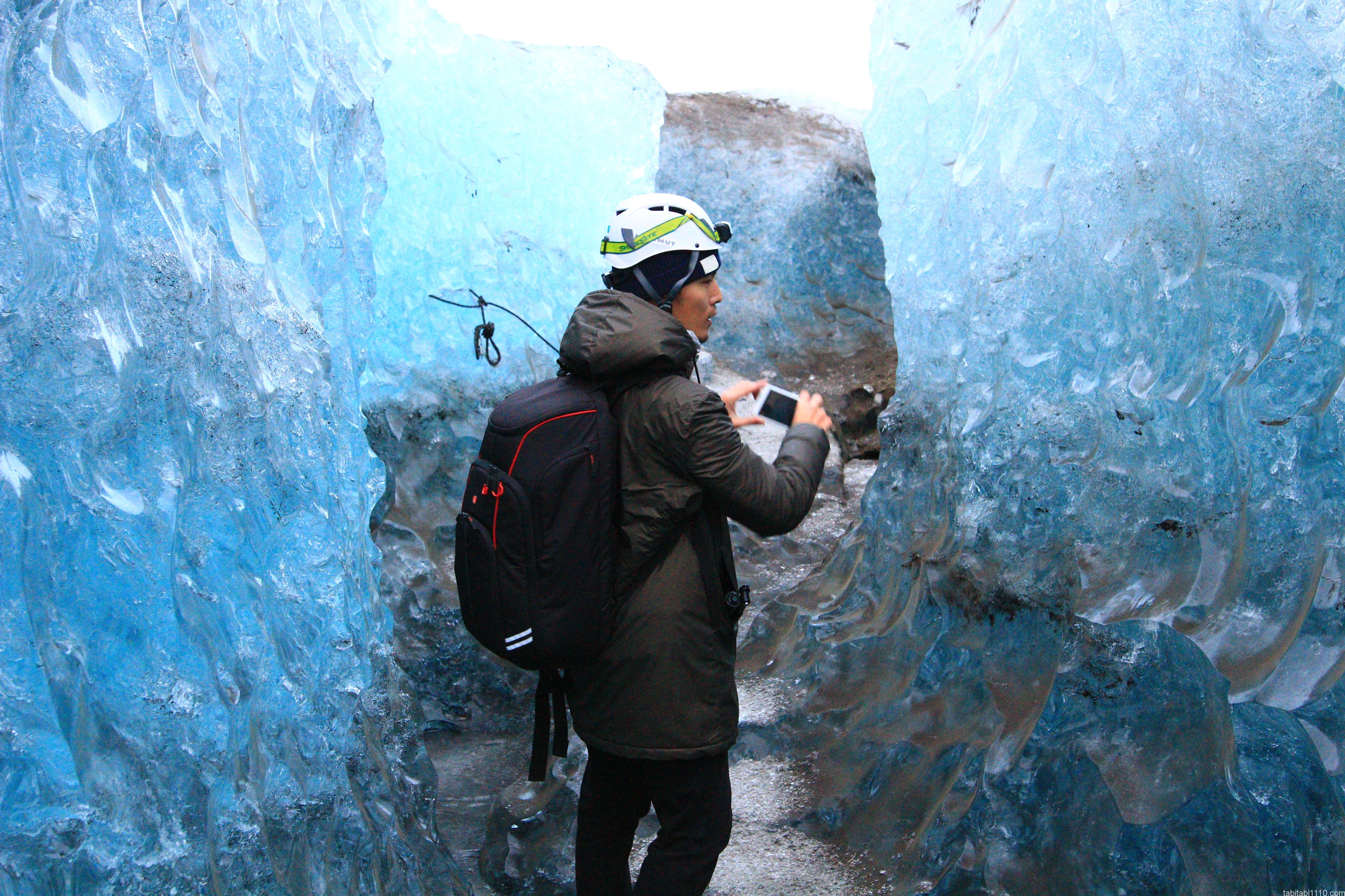 氷の洞窟ツアー