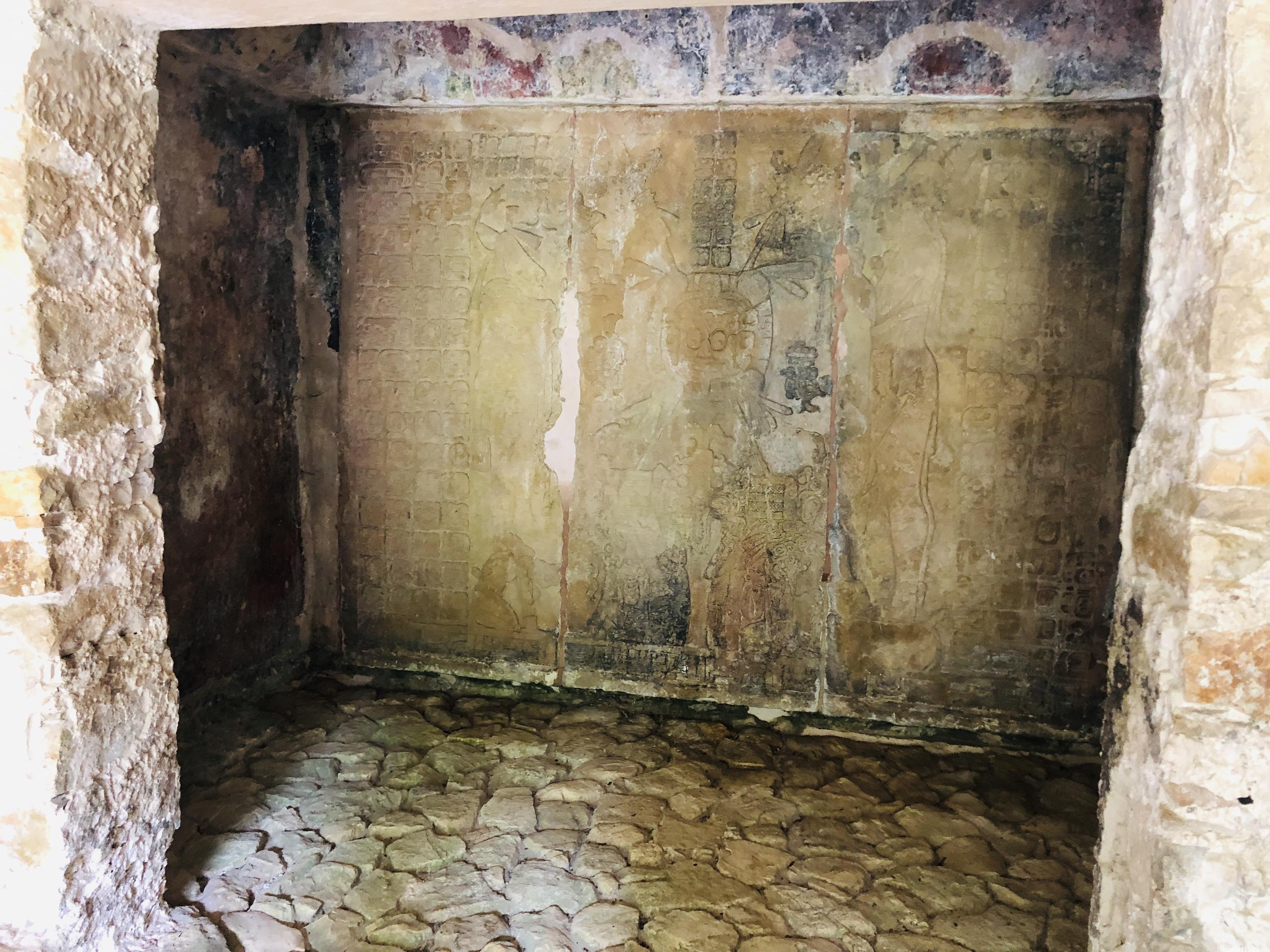 パレンケ遺跡|太陽の神殿の内部