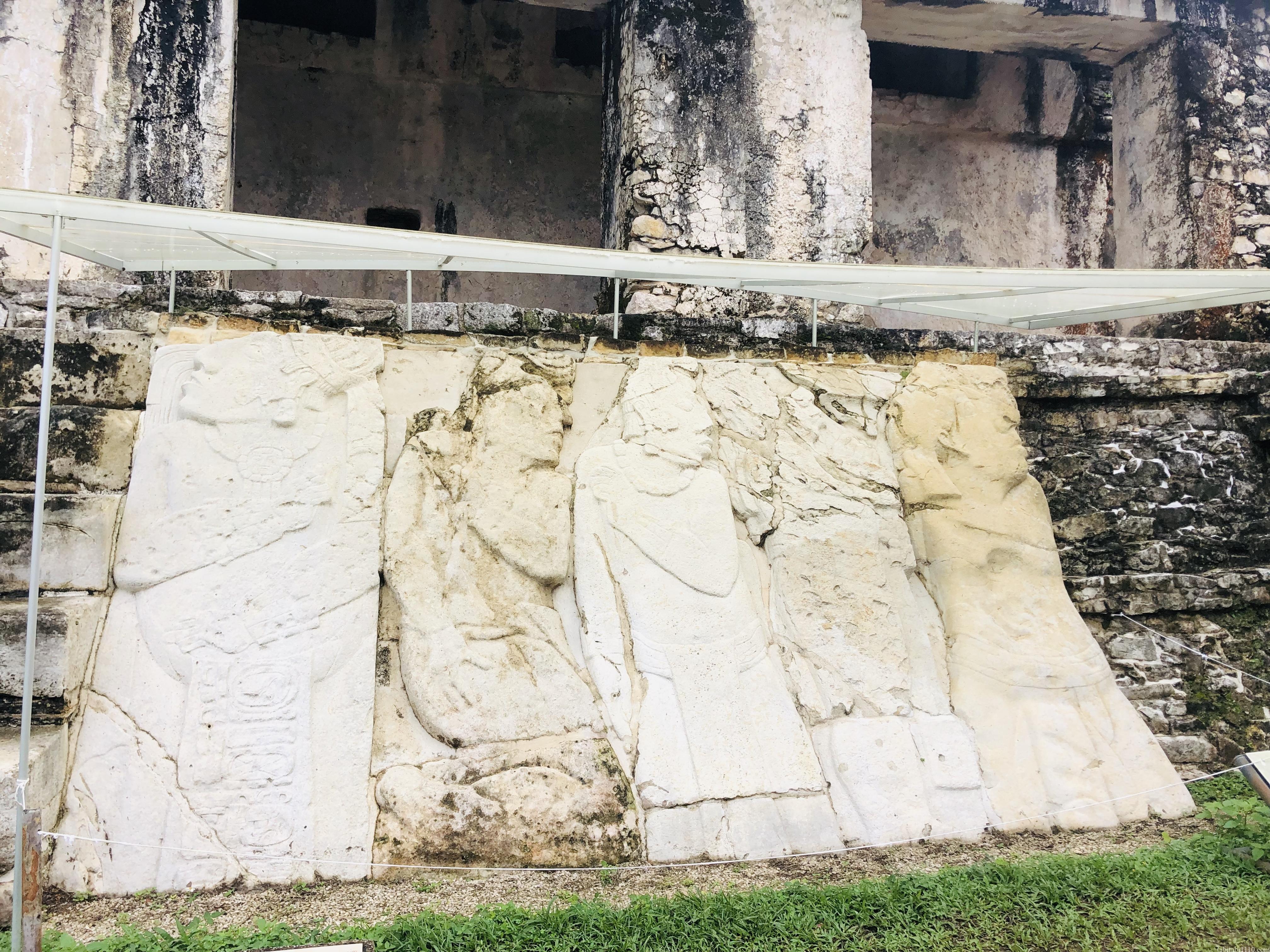 パレンケ遺跡|宮殿