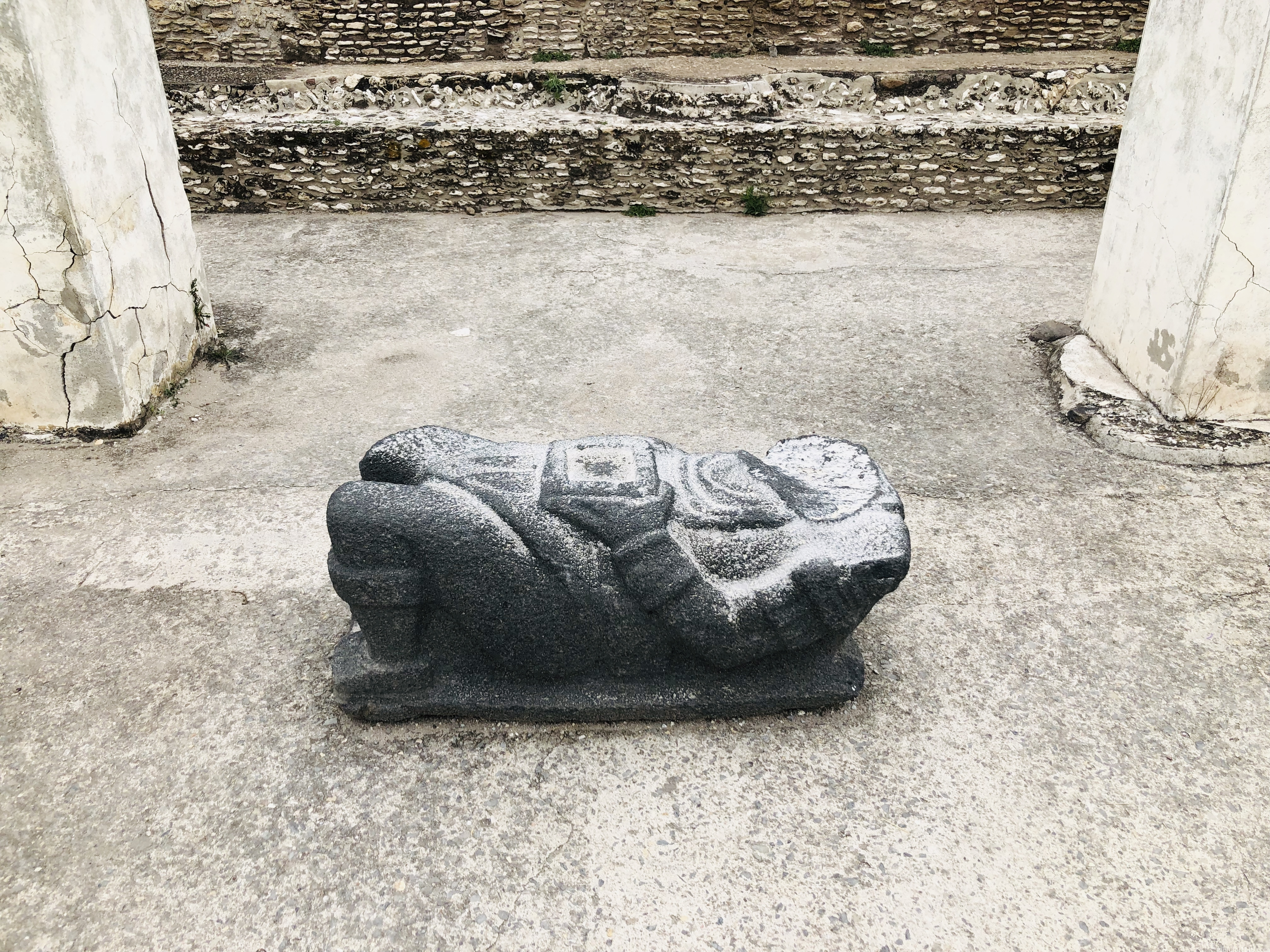 トゥーラ遺跡|チャックモール