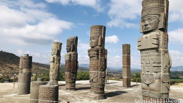 トゥーラ遺跡|戦士の像