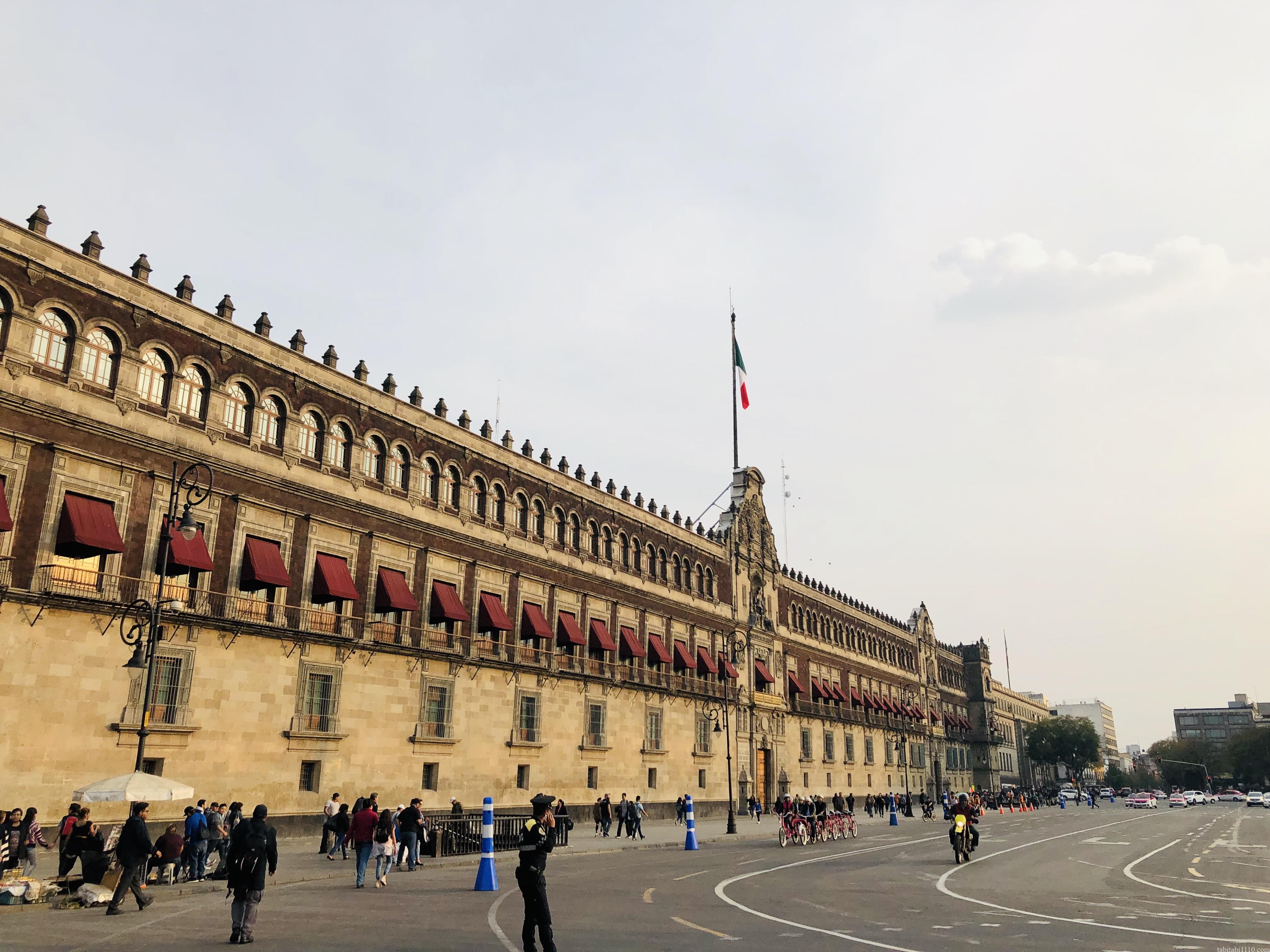 メキシコシティ|国立宮殿