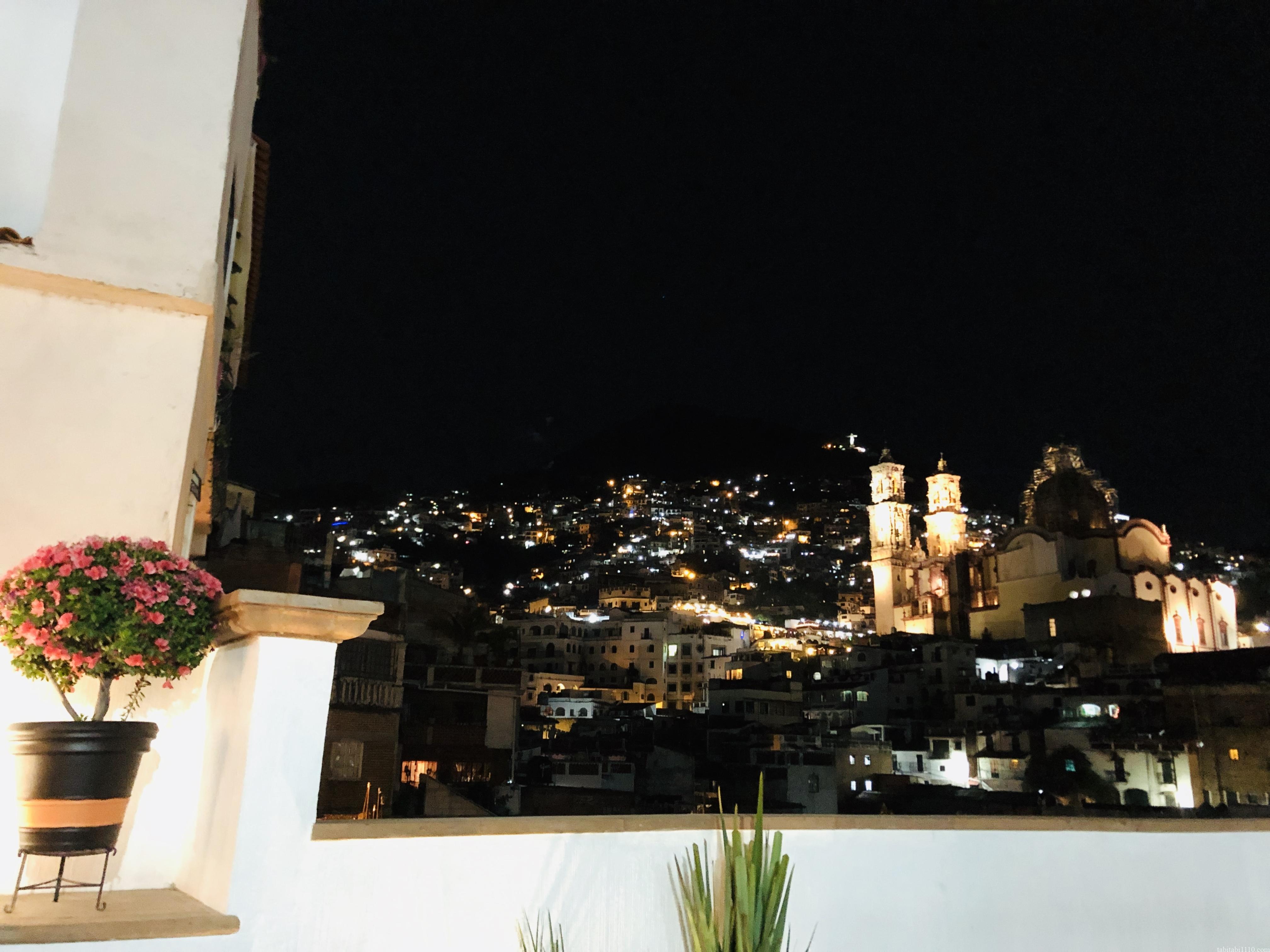 タスコ|ホテルからの夜景