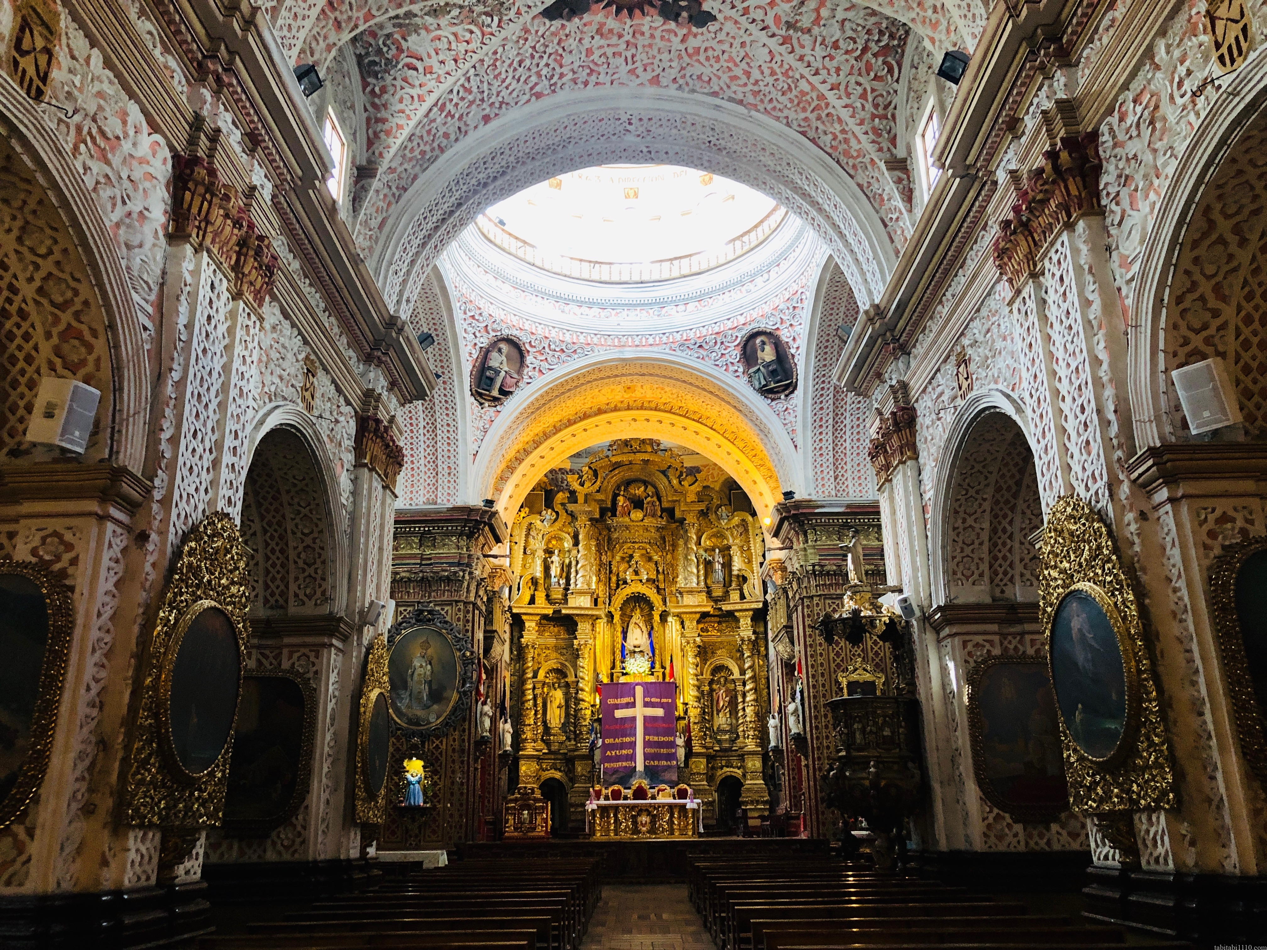 キト 旧市街 ラ・メルセー聖堂