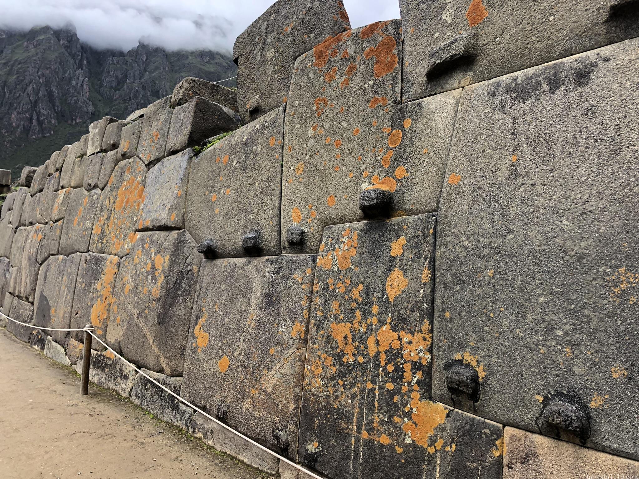 オリャンタイタンボ遺跡の太陽の神殿