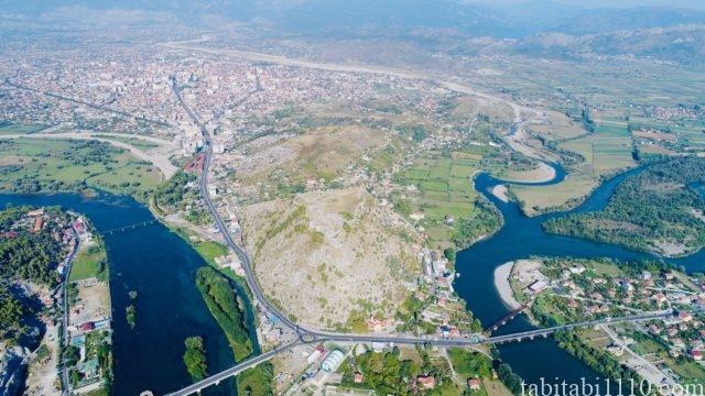 アルバニア シュコドラ ロザファ城 ドローン