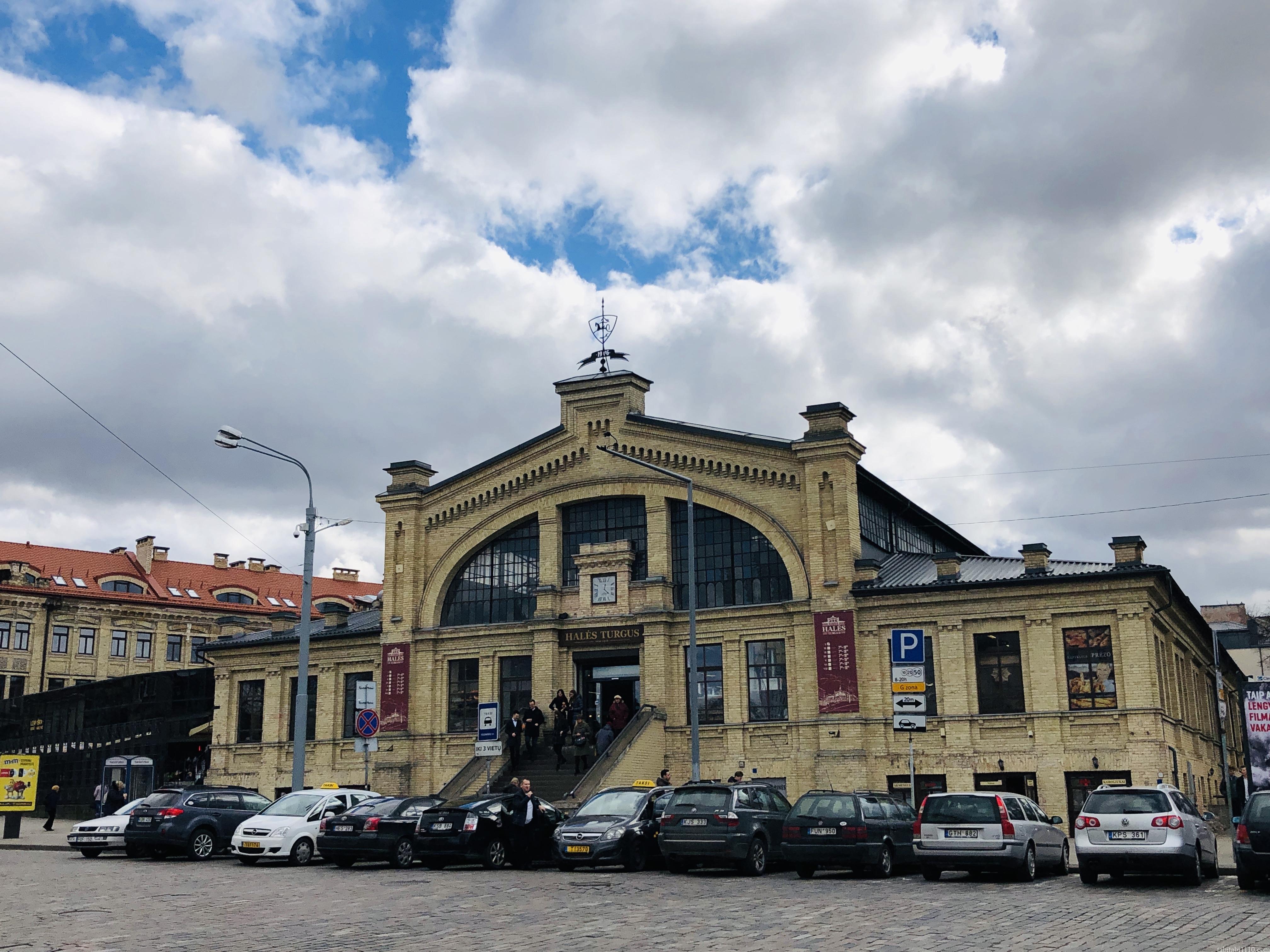 ビリニュス 市場 Halle Market