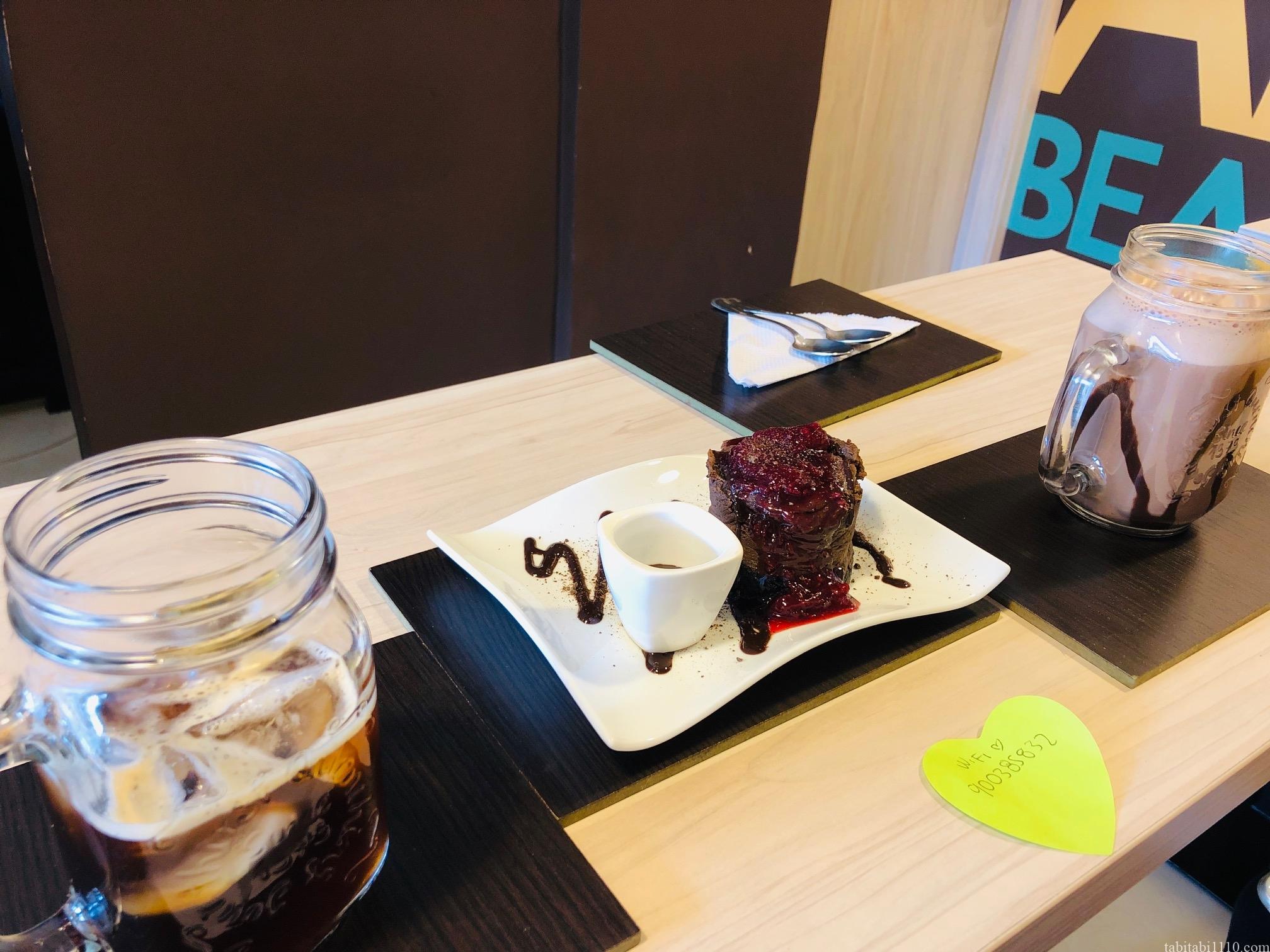 メデジン カフェ